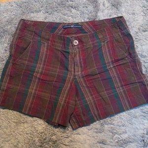 💋 4/$30 GAP plaid short shorts